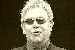 72-Jähriger Elton John